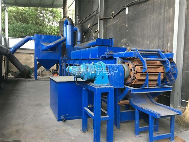 日产(20小时)80吨铅锭生产线调试成功